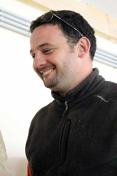 Samuel un apiculteur heureux en Provence